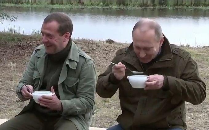 Медведев призвал готовиться жить под санкциями «неопределенно долго»