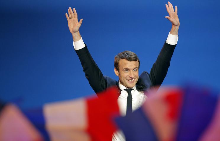 Эмманюэль Макрон и Марин Ле Пен вышли во второй тур президентских выборов во Франции