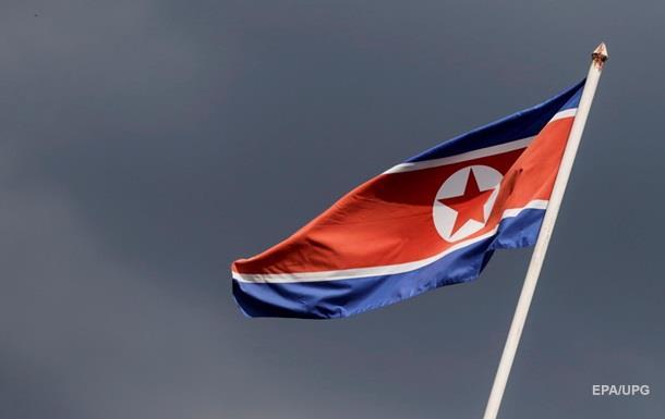 Северная Корея запускает ракеты