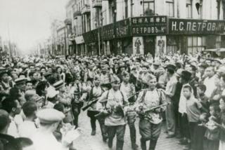 Харбинцы и вступление в город Красной армии